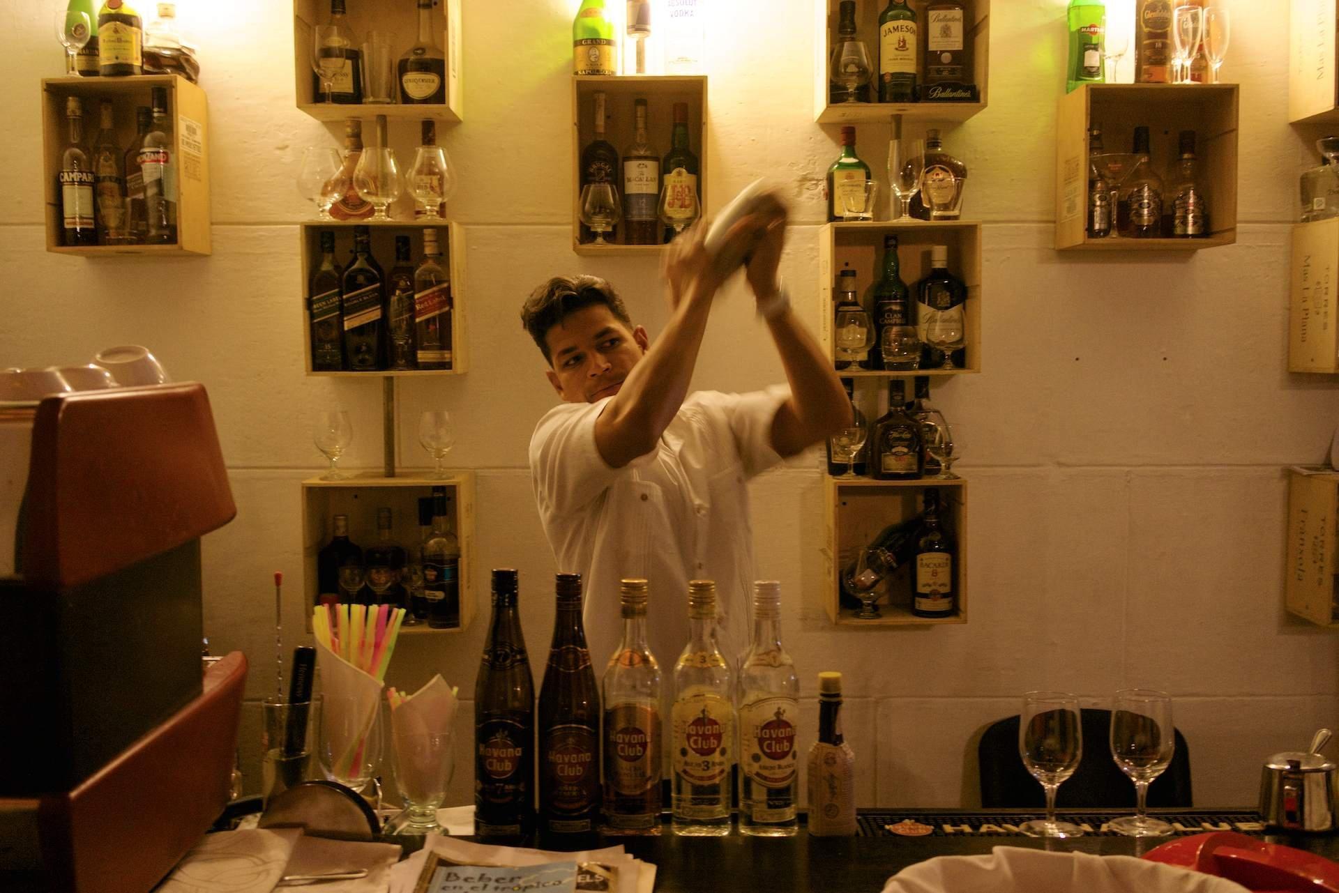 bar tender2