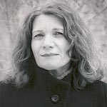 Photo of poet Linda Foster