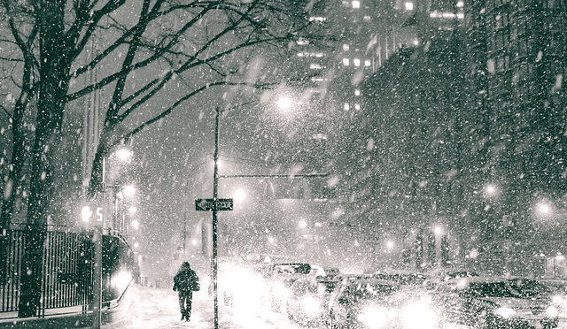 Black and white photo of NYC blizzard