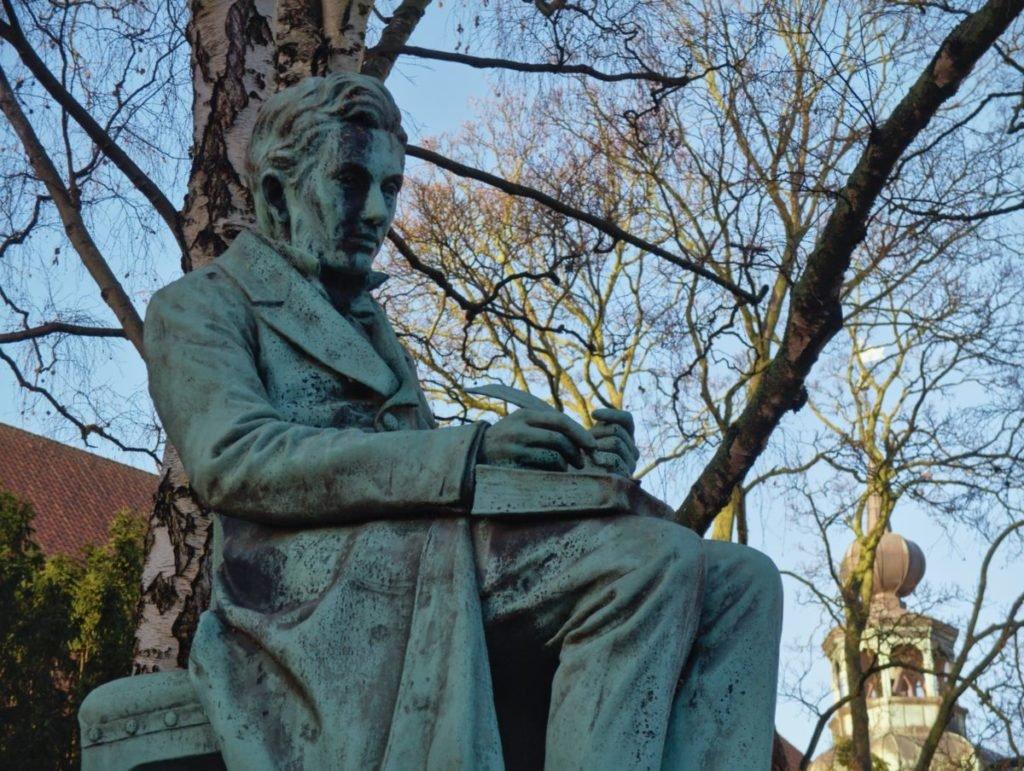 Photo of statue of Kierkegaard