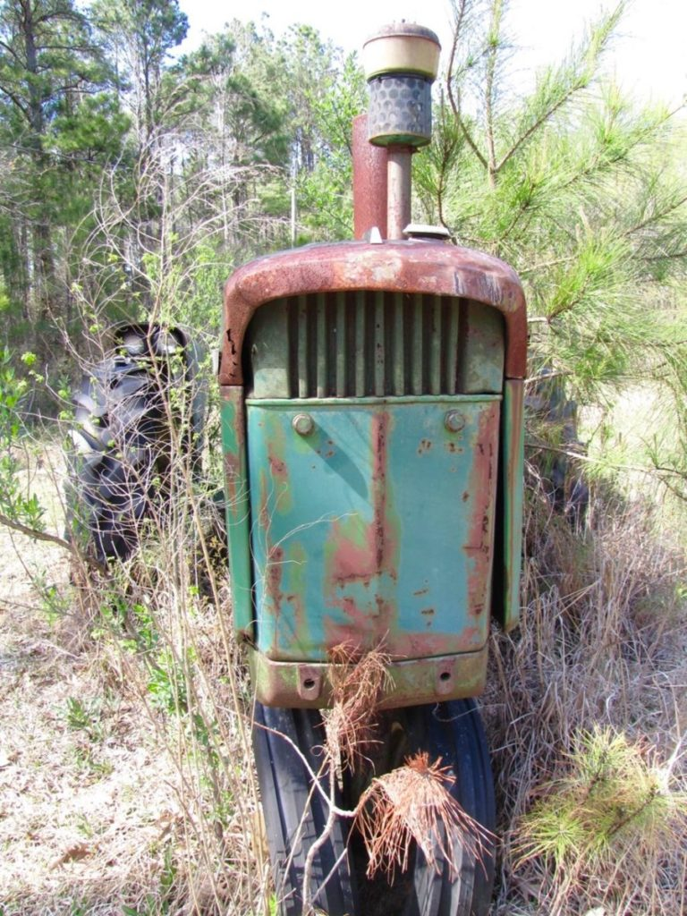 Photo of rusted tractor