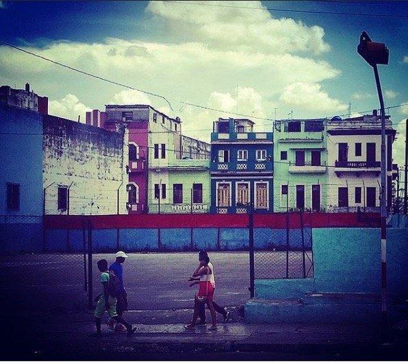 Photo of street in Cuba